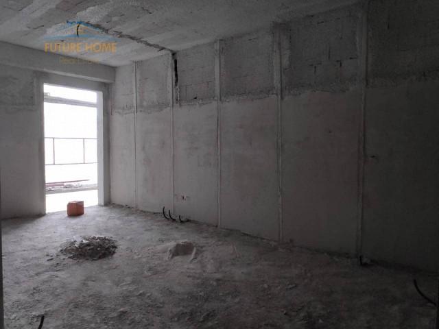 Shitet, Apartament 1+1, Liqeni, Tiranë....