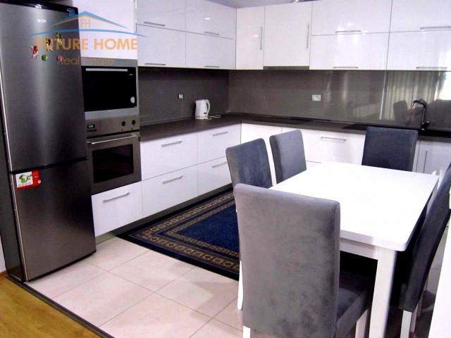 Apartament 2+1 Unaza  e Re...