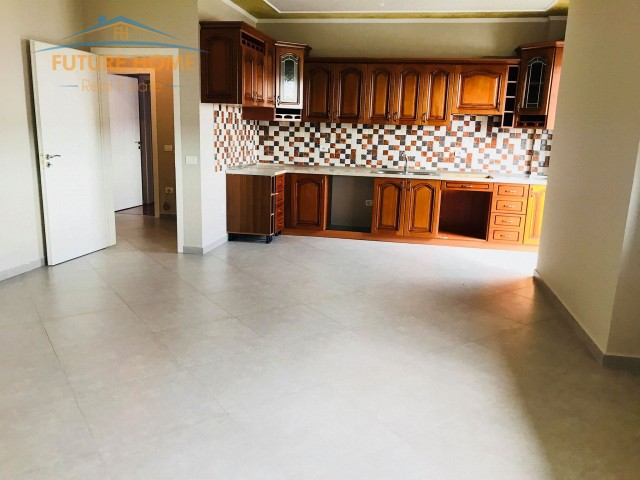 Apartament 3+1,Unaza E Re...