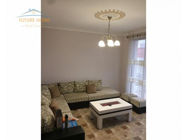 Qera, Apartament 2+1, Fresku...