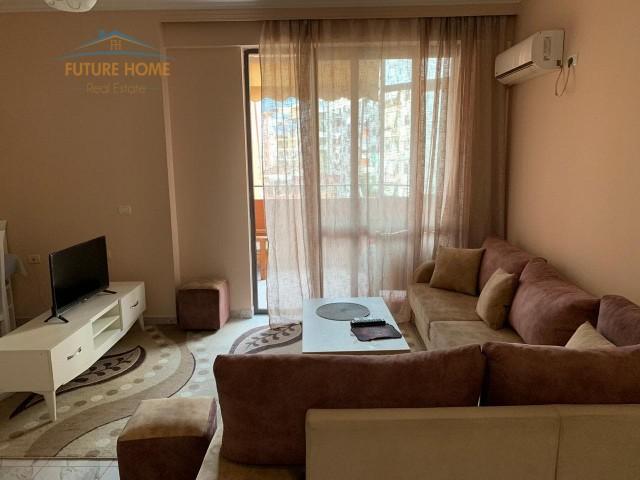 Qera, Apartament 1+1, Komuna e Parisit, Tiranë...