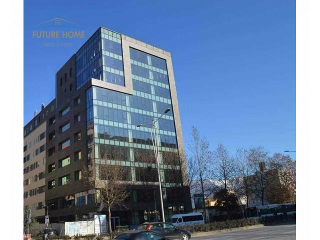 Shitet, Apartament 2+1, Rruga Dritan Hoxha...