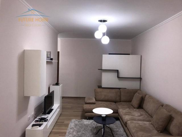 Qera, Apartament 2+1, Liqeni i...
