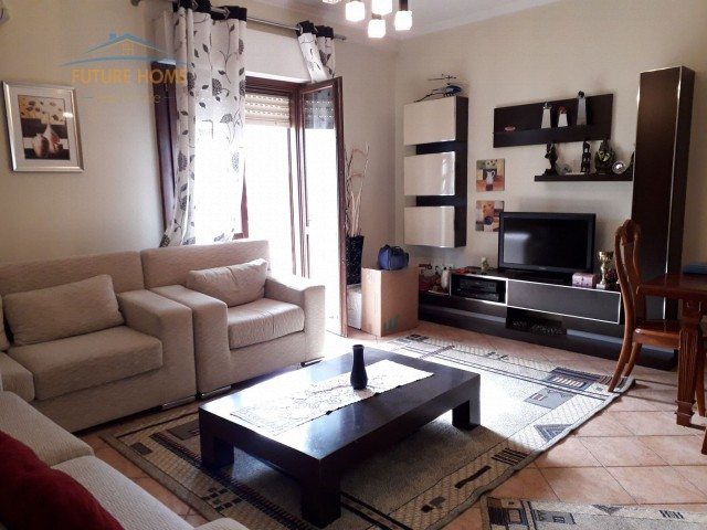 Rent, Apartment 2 + 1, Municipality of Paris. Tira...