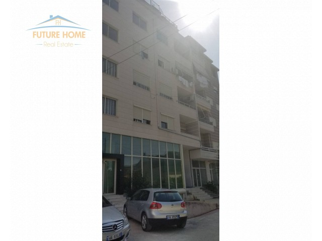 For Sale, Apartment 2 + 1, Fre...