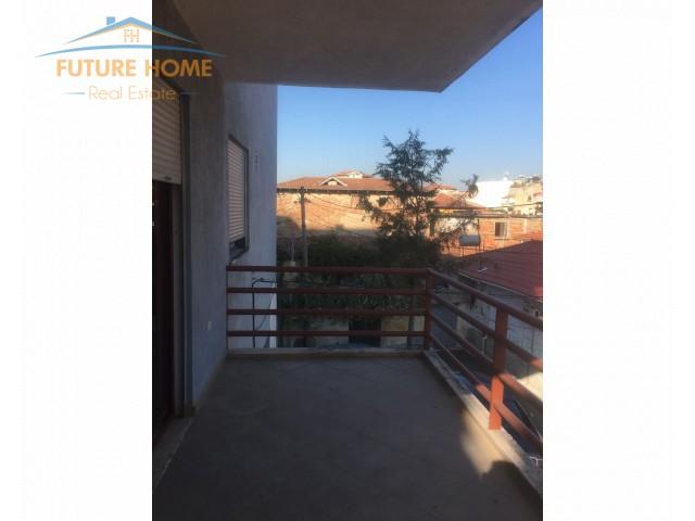 Apartament 2+1, Medreseja...
