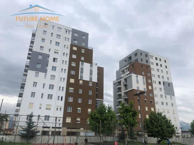 Shitet, Apartament 3+1, Fusha ...
