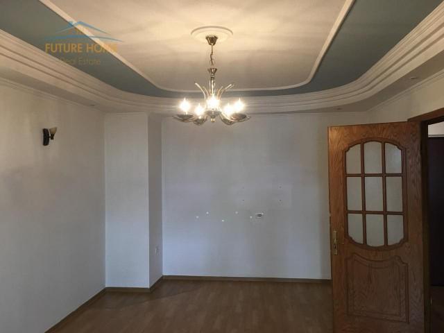 Shitet, Apartament 2+1, Petro Nini, Tiranë...