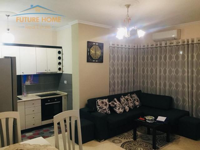 For sale, Apartment 2 + 1, Yzberisht...