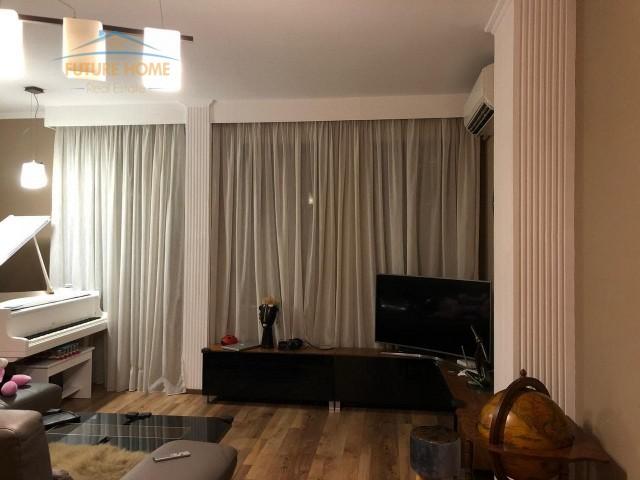 Apartament 2+1 për shitje Bllok...