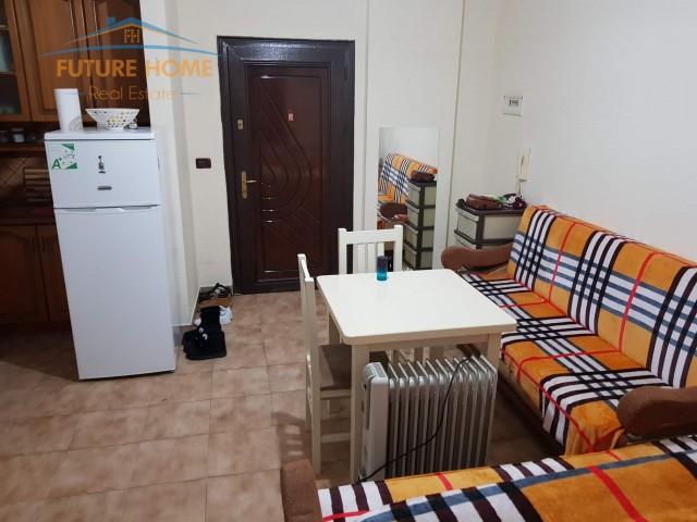 Apartament 1+1 per shitje tek ...