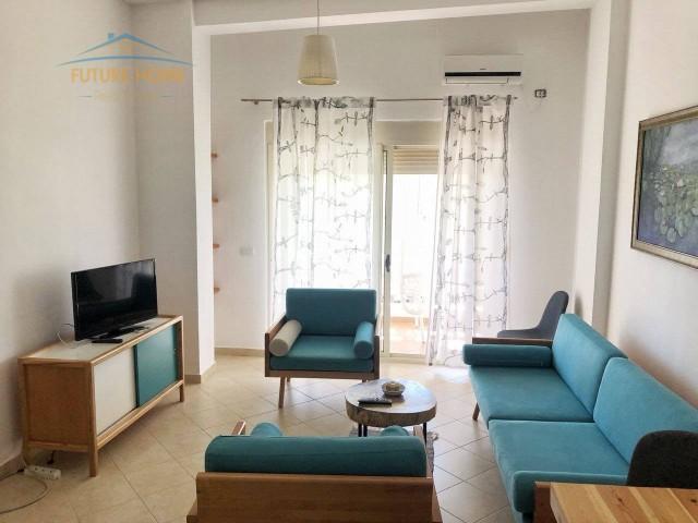 Apartament 2+1 , Gjiri Lalzit...