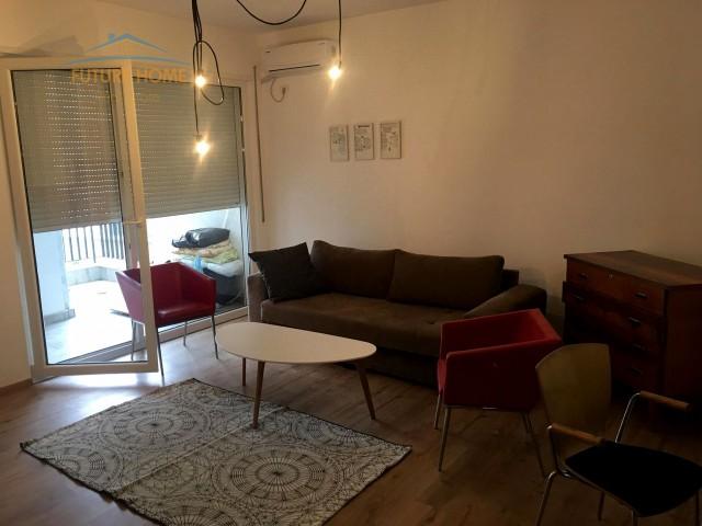 Apartament 1+1 Komuna e Parisit...