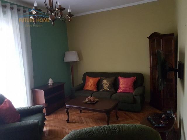 Qera,Apartament 2+1,Myslym Shyri...