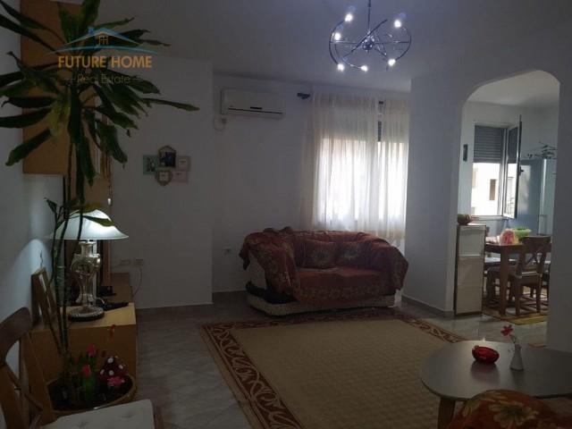 Apartament 1+1, Kongresi i Manastirit...