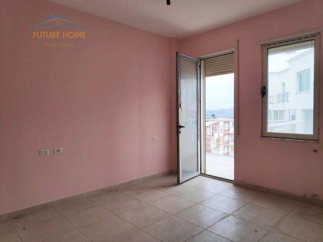Rent, Apartment 2 + 1 Lake Tha...