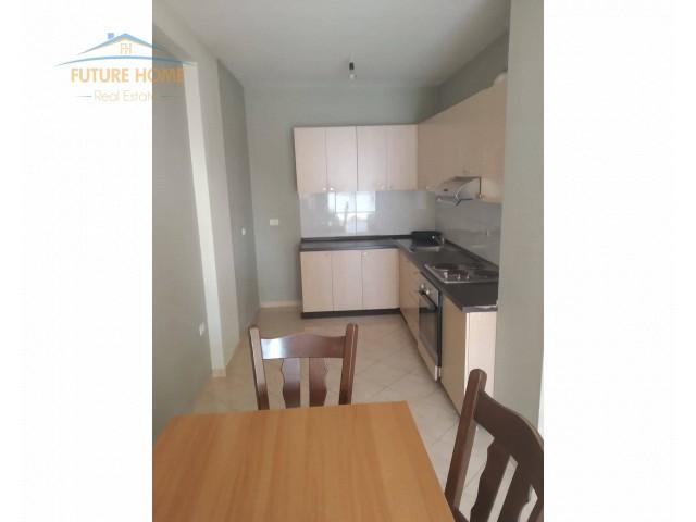 Qera,Apartament 2+1,Selvia...